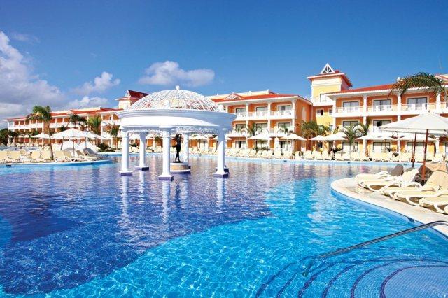 Luxury-Bahia-Principe-Ambar-Pool-002.jpg